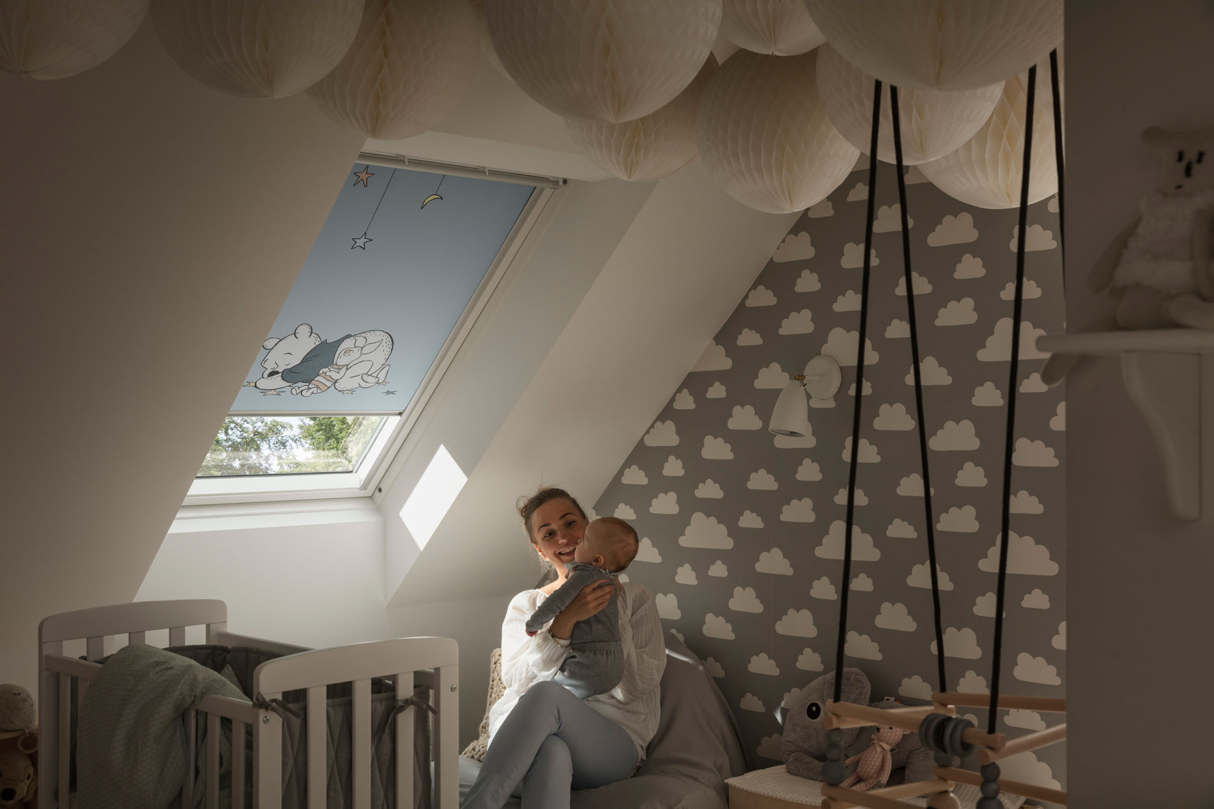 rollos passgenau f r ihr velux dachfenster jetzt online konfigurieren. Black Bedroom Furniture Sets. Home Design Ideas
